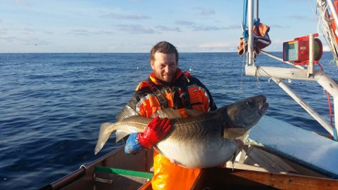 STORFISK: Lasse Lyngmo har samlet et syttitalls fiskere til protest mot havbruk i Ullsfjorden.