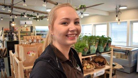 SOMMERGLIS: Susann Jakobsen hos God Mat Lokalt på Røra forteller om en eventyrlig sommerstart på den nye butikken.