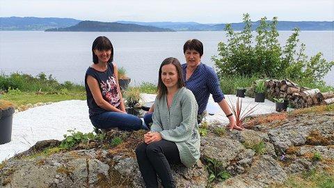 NETTBUTIKK: Søstrene Monica Bjørvik og Wenche Skauge, samt datteren til Wenche, Ida Skauge, startet nettbutikk for interiør i 2009, nå omsetter de for millioner fra øya de bor på.