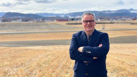 MYE ER GALT: Tommy Reinås, stortingskandidat for MDG Trøndelag, er bekymret for utviklingen for arbeidspresset og den økonomiske utviklingen for bøndene.