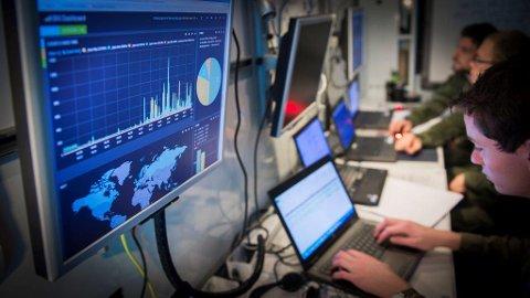 FRAMTIDENS JOBB: For ti år siden var det ikke mange som snakket om datasikkerhet. Nå skaper dette nye kompetansearbeidsplasser i Innlandet.