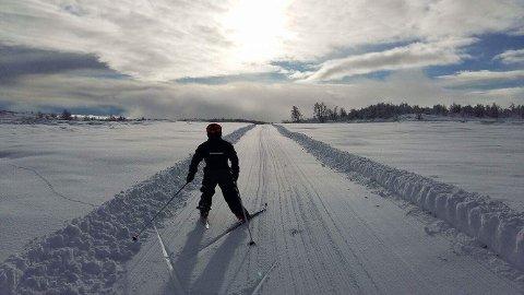 Onsdag var de første skiløperne ute i løypene på Beitostølen. Foto: Privat