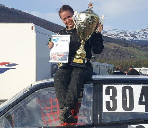 Mari Hoel fikk gullbillett til NGK Maters i Sverige etter at hun vant Eliteracet i bilcross på Bjorli i sommer.