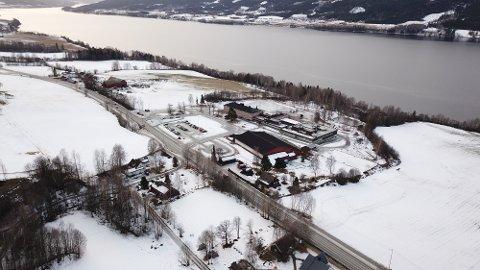 DRAPSTRUSSEL: Tidlig i februar ble en ansatt i skolen i Søndre Land oppringt på dagtid og personen ble drapstruet.