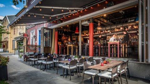 RETT HEIM: Det er utfordrende å drive serveringssted når folk i det store og hele holder seg hjemme. Heim vrir om på forretningsmulighetene og skal nå tilby takeaway-øl.