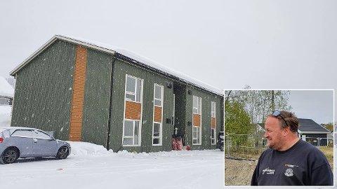 FREKT: Noen har tatt seg inn på byggeplassen like ved Kopperud skole i løpet av helgen. Innfelt prosjektleder Geir Arne Hagaseth i Norgeshus Rønningen Byggtjenester, som er entreprenører på byggeplassen.