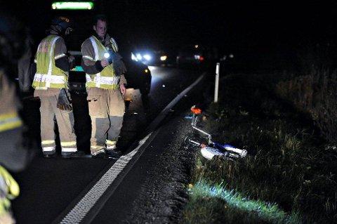 OMKOM: Dårlig veibelysning var noe av årsaken til at en syklist i 30-årene omkom i en ulykke i 2010. FOTO: OLE KR. TRANA