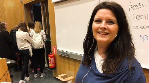 IMPONERT: Lene Aarnes i SOS-barnebyer er målløs av skolens engasjement. I fjor satte skolen en rekord med 410.000 kroner!