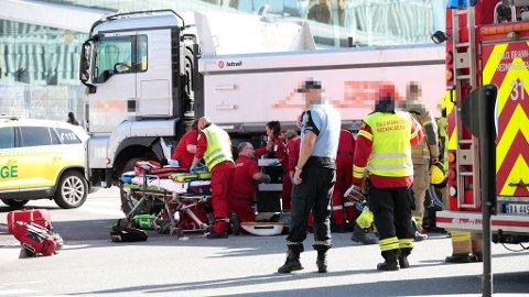 DØDSULYKKE: En syklist omkom etter å ha blitt påkjørt av en lastebil i Bjørvika i Oslo sentrum torsdag i forrige uke.