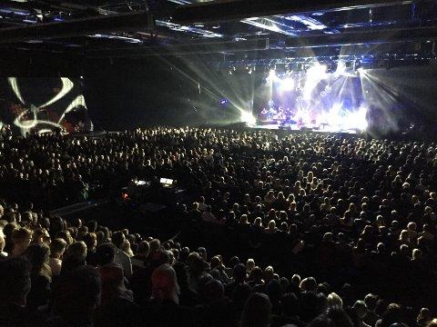 2.000 publikummere tok imot Kurt Nilsen da han gjester Arena lørdag kveld.