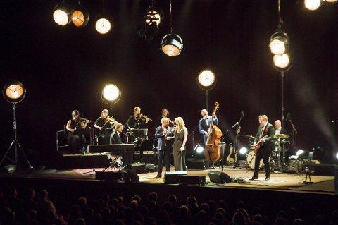 Duett: Sammen sang Kurt Nilsen og Christel Alsos duetten «Baby It's Cold Outside».