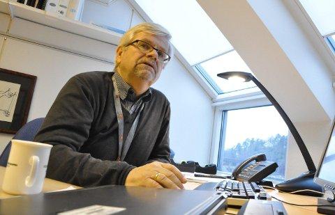 MIDTDELER: Avdelingsdirektør Tore Kaurin i veivesenet tasler for møtefrie veier.FOTO: ASBJØRN OLAV LIEN