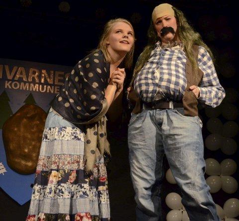 Veteran og nykommer: Lucy Marie Odberg (til venstre) gjør comeback under årets Hvarnesrevy, mens Miriam Lillebø er ny i ensemblet.