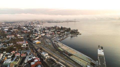 Indre havn: En ny jernbane vil uansett gjøre store endringer i Indre havn.