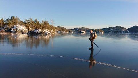 STOR INTERESSE: Mange vil ut på skøyter om dagen. Turskøyter Hauk Joar Rosvald har noen gode tips.