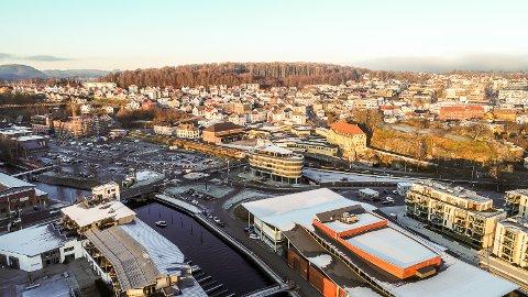 ARBEIDSMARKEDET: Det er en vekst i antall sysselsatte i privat sektor i Larvik, men de statlige arbeidsplassene blir det færre av.