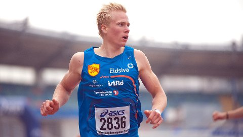 FORNØYD: Ren-Engs Emil Oustad var fornøyd med stevnet i Karlstad onsdag kveld. (Foto: Helge Langen)