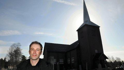 I HAMAR BISPEDØMMERÅD: Sokneprest Ole Kristian Bonden i Elverum er gjenvalgt til å sitte som prestenes representant i Hamar bispedømmeråd. (Foto: Håvard Lillebo)