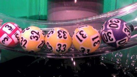 1 MILLION: Mannen fra Sør-Odal ble den heldige vinner av 1 million kroner. To andre spillere sikret seg hovedpremien på hele 7,2 millioner kroner hver. (Arkivfoto: Norsk Tipping)