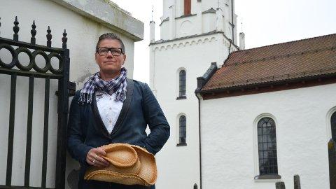 KIRKEKONSERT: Nina Flaaseth med band skal opptre i tre kirker i Hedmark før jul.