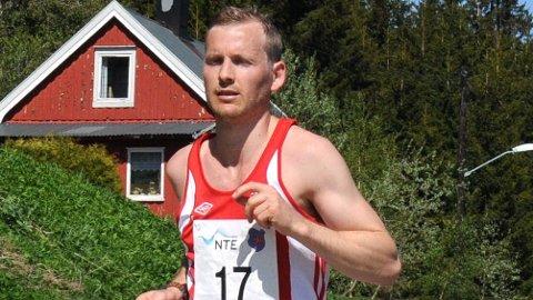 IKKE GODKJENT: Didrik Hermansens norgesrekord på 100 kilometer ble likevel ikke godkjent. En arrangørtabbe gjorde at løpet ikke var langt nok til at rekorden blir stående. (Foto: Privat)