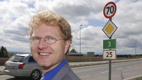 VIL FORTSETTE: Dagens stortingsrepresentant for Hedmark Frp, Tor André Johnsen, vil gjerne fortsette på tinget – også etter neste års stortingsvalg.