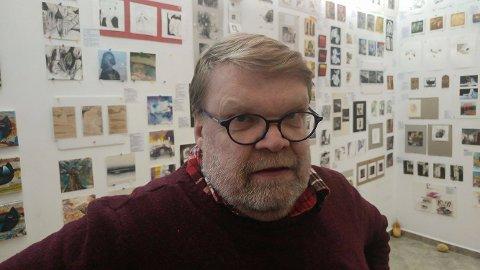 I BULGARIA: Julussdalens egen Trond Einar Solberg Indsetviken på besøk i Lessedra Gallery i Sofia.