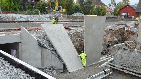 MER URO: Rambøll har prosjektert den nye undergangen i Løten sentrum. Løten kommune er ikke fornøyd og varsler erstatningskrav for deler av arbeidet som er gjort.