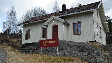 STENGT: Munch-senteret og Klevfos industrimuseum er i sommer stengt på lørdager. Det er uheldig, mener Løten kommune og Hamarregionen Reiseliv.