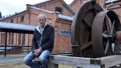 LETTET: – Det er veldig befriende å kunne fortelle at nå åpner vi dørene igjen, sier Håkon Tosterud, formidler og daglig leder ved Anno Klevfos Industrimuseum.