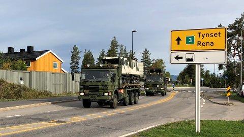KAN BLI STORE FORSINKELSER: Har du tenkt deg nordover fra Elverum på rv. 3 de neste ukene, bør du revurdere ruten din. Det kan blir store forsinkelser grunnet militære kjøretøyer på vegen.