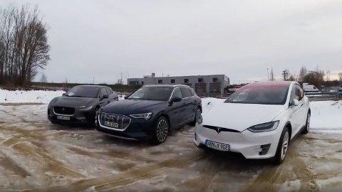 TEST AV REKKEVIDDE OG FORBRUK: Tesla Model X 90D, Audi e-tron og Jaguar I-Pace har vidt forskjellig forbruk. Det gir utslag både i rekkevidde og strømkostnader, viser tysk test. Foto: Skjermbilde fra video (Next Move)