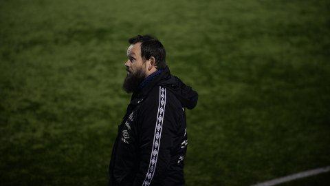 KNEPENT TAP: Nybergsund-trener Yngve Sandbuløkken fikk se sine gutter tape 1-2 for Eidsvoll Turn lørdag.