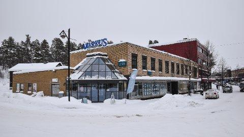 IKKE SOLGT: Markus-eiendommen i Elverum sentrum ble lagt ut for salg i fjor sommer.