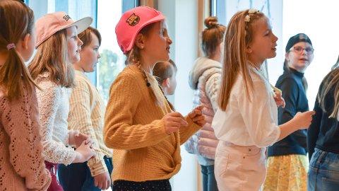 BARNEKOR: Løten kulturskole vil tilsette ny sanglærer, som blant annet får ansvar for å undervise barnekoret.