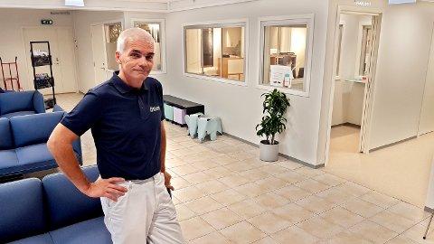 Martin Handeland er en av Nøtterøys fastleger. Han åpnet nylig et helsesenter i Bellevuesenteret.
