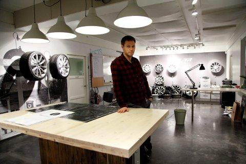 Jens Christian Holmen er gründeren bak felgprodusenten Polarwheels. Til den nye modellen, «Stone», har han samarbeidet med designgruppen til Bård Eker.