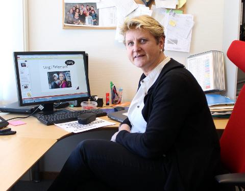 Bente Ljostveit Øino, leder av Elevtjenesten ved Porsgrunn videregående skole, håper på en svarprosent på rundt 80. – Det gir et godt tallgrunnlag, sier hun.