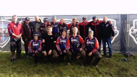 U19-landslaget består av (ikke i rekkefølge): Simen Bakke (17) fra Kilebygda (Rønholt Dynamite), Jon Georg Hellstrøm (18) fra Langesund (Rønholt Dynamite), Ulrik S. Olsen (16) fra Langesund (Rønholt Dynamite), Tobias R. Gundersen (16) fra Heistad (Rønholt Dynamite), Kristoffer Hvidsten (18) fra Porsgrunn (Rønholt Dynamite), Sander Eikåsen (18) fra Stathelle (Knights paintball), Kim Andre Johansen (19) fra Ulefoss (Skautrolla paintball, Helgen), Mina Amundsen (16) fra Langesund (Rønholt Dark Angels) og Vebjørn Raddum (18) fra Bergen (Bergen Legacy).