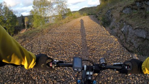 SPEKTAKULÆRT: Den gamle jernbanetraseen fra Porsgrunn til Larvik går gjennom et fantastisk fint naturområde.