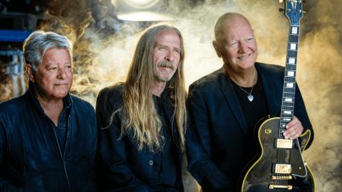 GJENOPPSTÅTT: Dance With a Stranger har gjenoppstått med Bjørn Jenssen, Øivind Elgenes og Frode Alnæs med band.