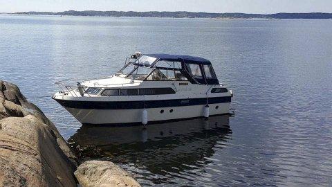 Selger båten: Anders Haaby legger ikke skjul på feil og mangler når han prøver å selge båten. Den veldig ærlig annonsen har vakt oppsikt. Foto:  Privat