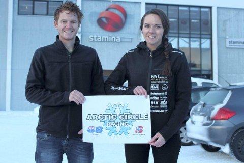 Renate Jensen har fått med treneren Sam Love i et nytt roadracingteam. Nå girer begge opp til en ny sesong.