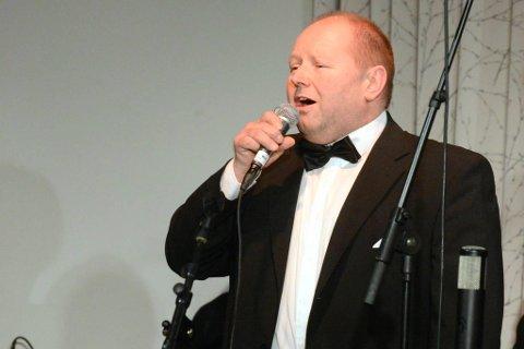 """Kenneth Sjonbotn er Haukneskoret sitt svar på Joe Cocker. Han sang """"Unchain my heart"""""""