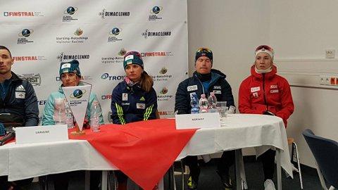 PRESSE: Det er kanskje ikke det morsomste skiskyterne gjør, men pressekonferanse hører med når du har vunnet EM-medalje.