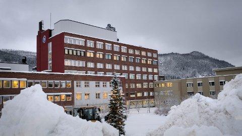 Framtida: Helgelandssykehuset er inne i en prosess der lokalisering og tomtevalg for ett og/eller flere sykehus/distriktsmedisinske sentra skal avgjøres. En ny rapport konkluderer med at det er mye å vinne for klima og miljø med å velge tomter som ligger sentralt. Foto: Øyvind Bratt