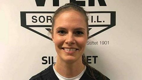 Julie Voktor Pedersen skal trene Sortland IL sitt herrelag i 3. divisjon.