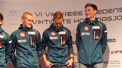 Robin Pedersen får sjansen i verdenscupåpningen.