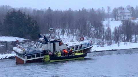 Tromsø 20200210.  20 turister ble reddet fra en båt som grunnstøtte i Rystraumen nær Tromsø mandag ettermiddag, Foto: RS Gideon / Redningsselskapet / NTB scanpix