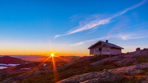 Bilde fra Jan Inge Larsens aller fineste turopplevelse i fjor, Gråfjellhytta ved Okstindan.